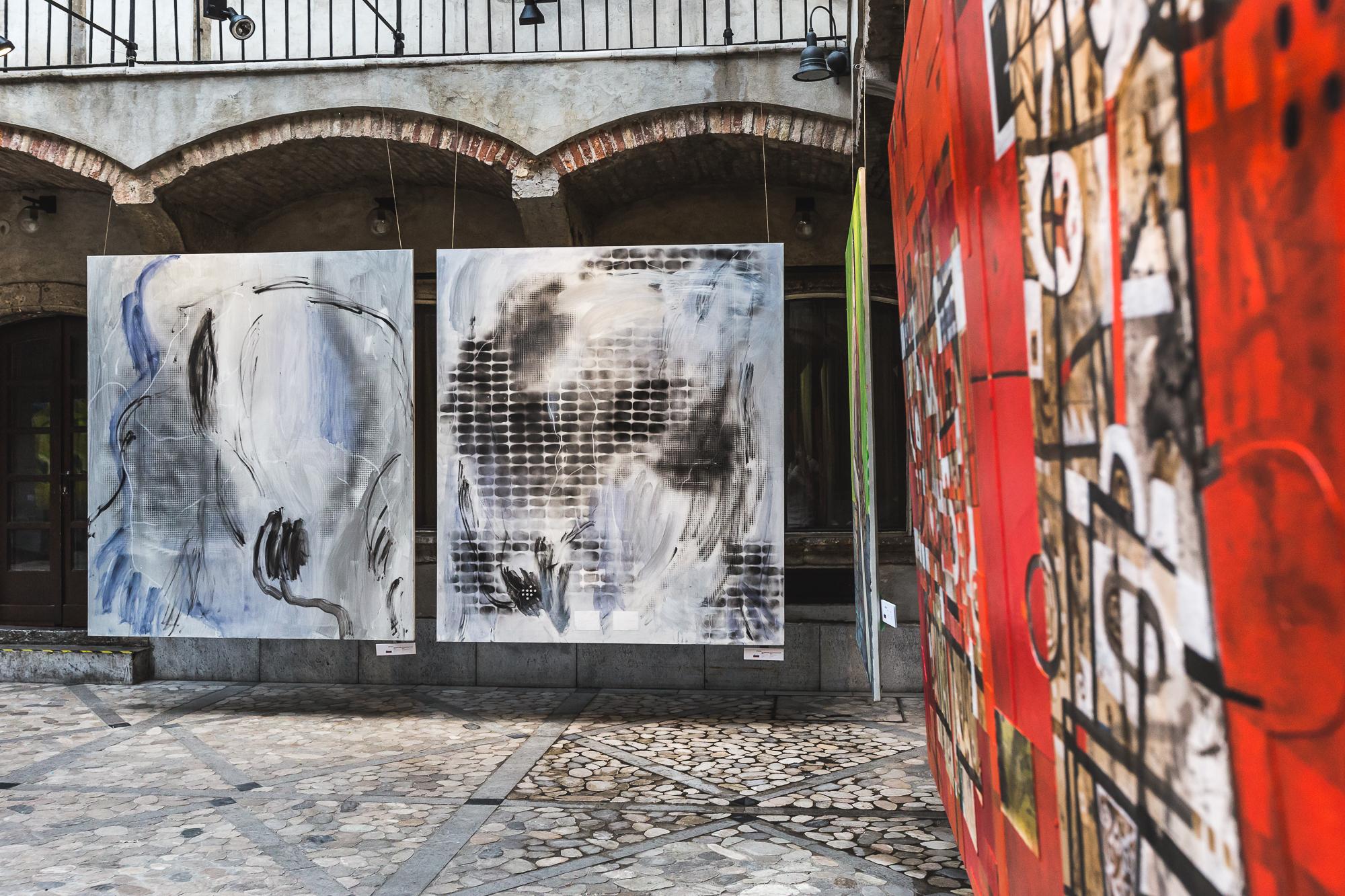 JAPONSKA / SLOVENIJA, Mestna hiša Ljubljana / Preko meja, razstava sodobne umetnosti
